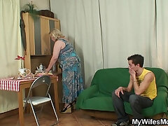 action-boy-granny-mother