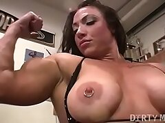 female-gym-muscle-pussy