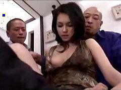 bed-fingering-girl-licking