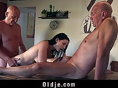 3some-amateur-asian-babe