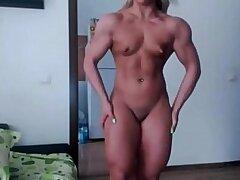 amateur-blonde-fitness-girl