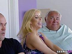 american-blonde-blowjob-busty girls