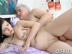 amateur-babe-blonde-couple