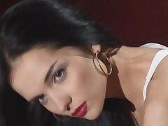 blowjob-brunette-massage-pornstar